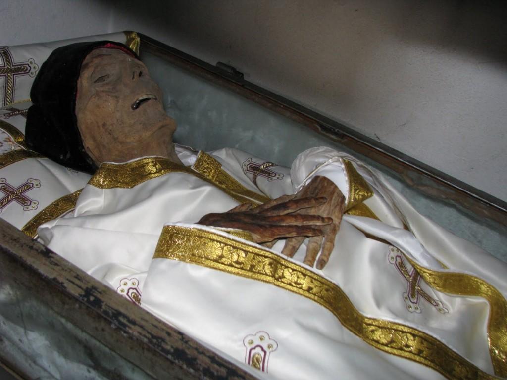 moaste Sf. Ilie Lacatusu