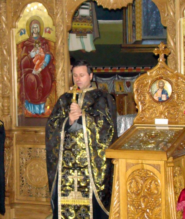 Parintele prof. Mihai Valica