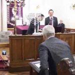 Patriarhul Serbiei, Irineu, aduce jertfa alaturi de jidovi in celebrarea Hanuka. Conform Canoanelor trebuie afurisit