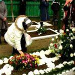 Parastasul Parintelui Gheorghe Calciu, inmormantat la Manastirea Petru Voda. VIDEO