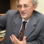 Petitie impotriva defaimarii prof. doc. Vasile Astarastoae, cunoscut ca un luptator impotriva vaccinurilor si a cardurilor de sanatate cu cip