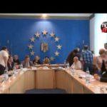 Lui Valeriu Gafencu i-a fost retrasa azi miseleste cetatenia de onoare la sedinta primariei din Targu Ocna
