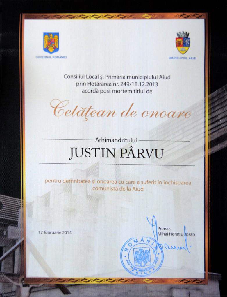 Parintele Justin - diploma cetatean de onoare Aiud